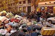 Улицы Палермо завалены мусором. // france24.com