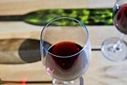 Гостям предложат попробовать лучшие вина. // GettyImages / Martin Child