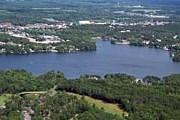 Озеро Делтон – популярное место отдыха. // flyhighwi.com