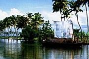 Живописные берега можно наблюдать, не покидая дома. // packagesforkerala.com