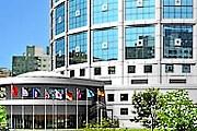 Отель расположен недалеко от центра города. // marriott.com