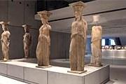 Новый просторный музей вмещает больше экспонатов. // theacropolismuseum.gr