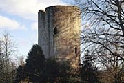Величественный замок Bronllys // usa.visitwales.com