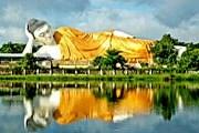 Гигантский Будда – достопримечательность Мьянмы. // Pierre-Elie de Pibrac