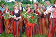 Туристов познакомят с ремеслами и народными традициями. // Travel.ru