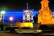 Посетить Букингемский дворец можно ночью. // webshots.com