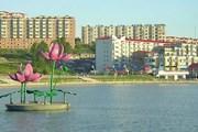 Суйфэньхэ посещает множество туристов из России. // Комсомольская правда