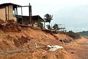 Берега Гоа разрушаются. // AFP