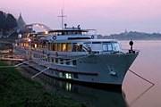 Круизное судно Orient Express на реке Иравади // orient-express.com