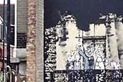 Владелица дома запечатлела уничтожение картины Бэнкси. // news.bbc.co.uk