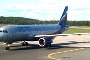 """Самолет """"Аэрофлота"""" прибывает из Калининграда в Санкт-Петербург в одном из первых рейсов // Travel.ru"""