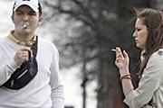 Курильщикам не будет места в парках Нью-Йорка. // AP