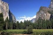 Камнепад является непременным элементом геологической эволюции Йосемитской долины. // Rainer Marks