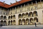 Двор Вавеля будет отреставрирован. // Fotorzepa / Michał Walczak