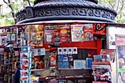 Туристы смогут получить информацию в газетных киосках. // picassina.blogspot.com