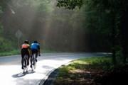 Туристы все чаще знакомятся со страной, путешествуя на велосипеде. // Brandy Ezelle