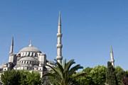Билет в Стамбул и обратно можно купить за 10039 рублей. // Martin Child