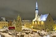 Ярмарка на Ратушной площади Таллина // timesonline.co.uk