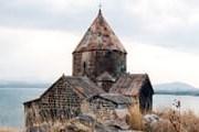 Памятники Армении привлекают все больше туристов. // Travel.ru