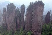 Горы в окрестностях Чжанцзяцзе. // wayfaring.info