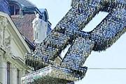 На создание скульптуры потребовалось 85 тысяч ключей. // lidovky.cz