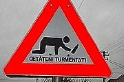 Новые знаки предупреждают о пьяных на дороге. // telegraph.co.uk