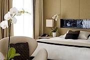 При создании дизайна интерьеров Palais Stephanie основным мотивом стало кино. // hotel-palais-stephanie-cannes.com