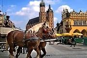 Российские туристы хотят увидеть Краков собственными глазами. // europenethotels.com