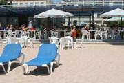 Стоимость аренды пляжного инвентаря - от 6 до 10 евро в сутки. // Travel.ru