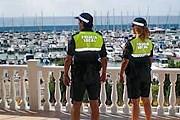 Полиция позаботится о безопасности туристов. // torrevieja.com