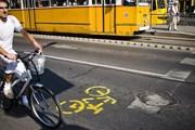 На площади можно опробовать велосипед до покупки. // budapest.mybikelane.com