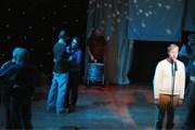 Спектакль труппы Brokentalkers расскажет о виртуальной любви. // teatterikesa.fi