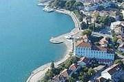Тиват расположен на берегу Которского залива. // chernogoria.net