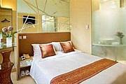 Номер в Cosmo Kowloon Hotel в Гонконге // hotels.com