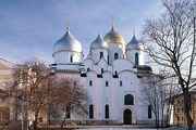 Праздник проходит у стен Новгородского кремля. // Travel.ru