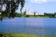 Лодейное Поле находится на реке Свирь. // lodeinoepole.allnw.ru