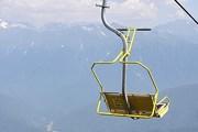 """Кресло канатной дороги """"Альпика-Сервис"""" // Wikipedia"""