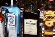 Одновременно запрещается торговля алкоголем ночью. // cursorinfo.co.il