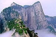 Священная гора Хуашань // lookinchina.com