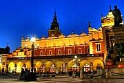 Подсветку Сукеннице включат раньше запланированного времени. // dumbu.pl