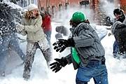 Гости праздника сразятся в снежки. // telluride.com