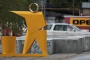 """Знак """"Не мусорить"""" стал памятником. // Артемий Лебедев"""