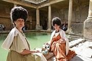 Актеры помогают туристам погрузиться в атмосферу времен римского владычества. // Sam Frost