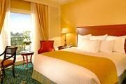 Самый дешевый номер в отеле стоит $195 за ночь. // marriott.com