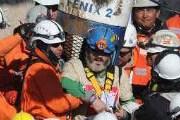 33 шахтера были подняты на поверхность после двух месяцев спасательных работ. // AFP