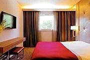 Отель делает подарок женщинам. // hotel-mermoz.com