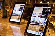 iPad поможет посетителям ресторанов выбрать лучшее вино. // travelandleisure.com