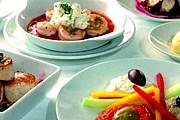 Туристы познакомятся с традициями французской кухни в домах парижан. // loisirs.happytime.com