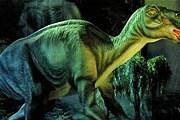 На выставке можно будет увидеть динозавров в естественной среде обитания. // offi.fr