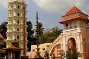 В храм Махаласа-Нарайани не пустят туристов. // travel.sulekha.com